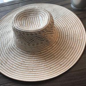 Nordstrom Large Brim Straw Sun Hat NWOT